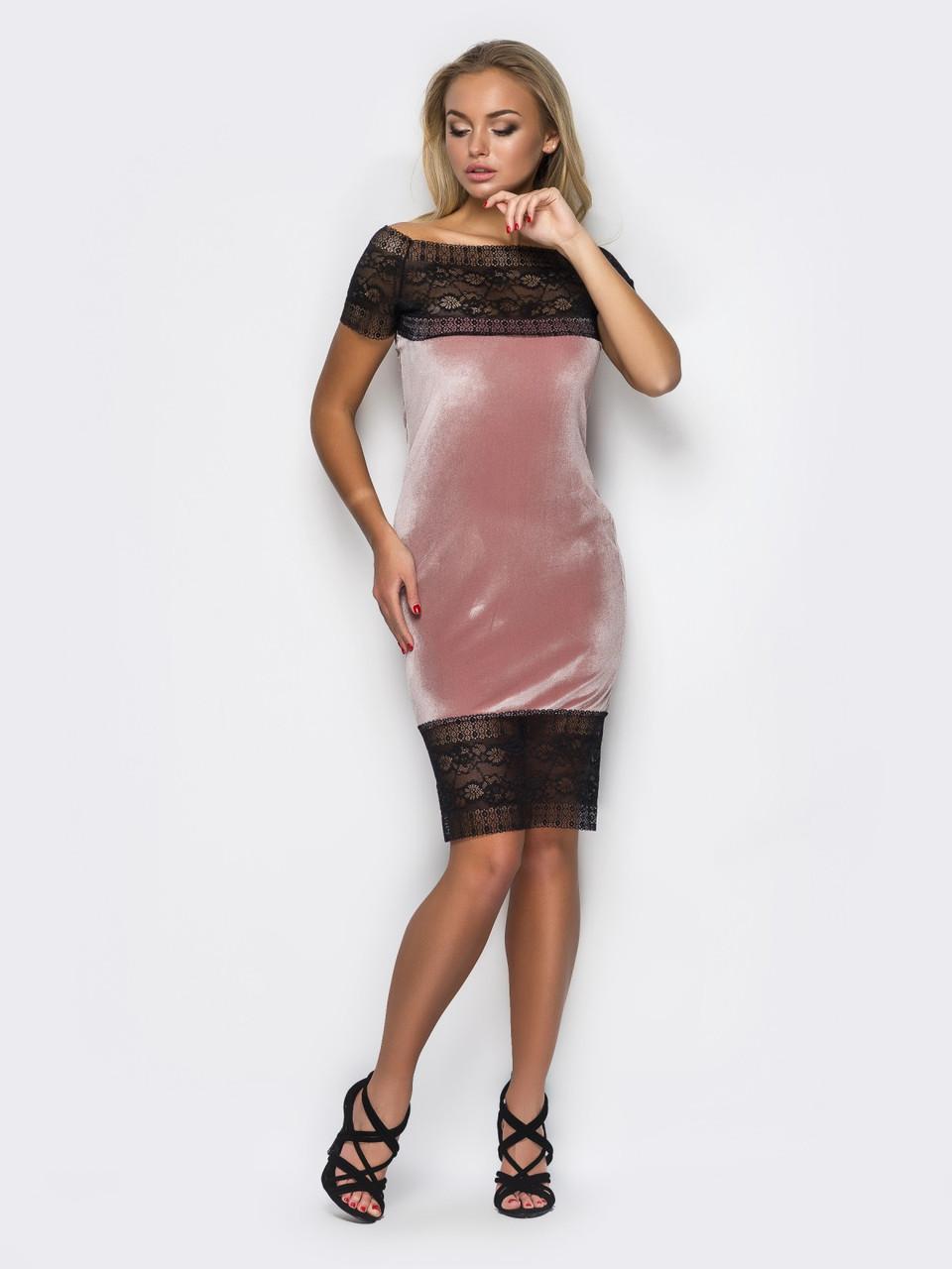 Женское велюровое платье с кружевом и открытими плечами 90252, фото 1