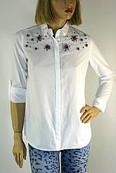 Жіноча  біла сорочка з стразами
