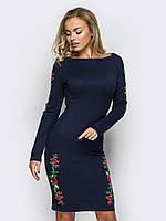 Эффектное платье из трикотажа с яркими красными цветами 90268/2, фото 1