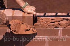 Кирпичная кладка подготовка материалов и рекомендации по выполнению строительных работ