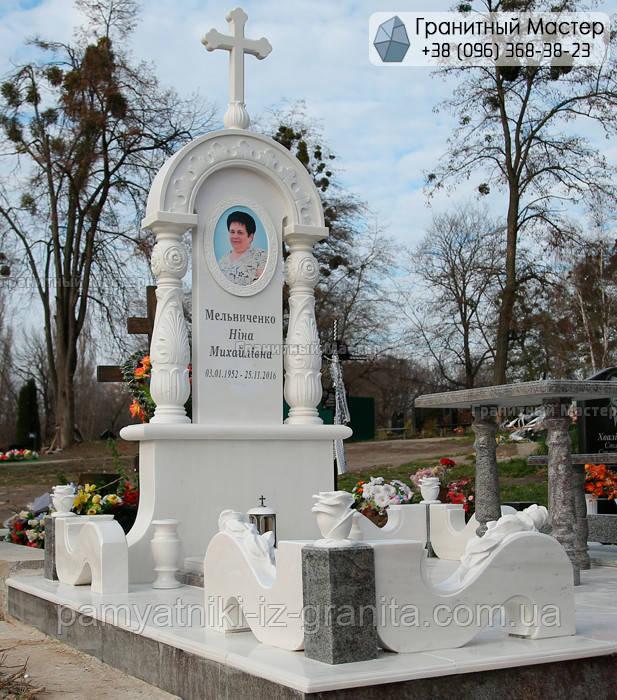 Памятник из мрамора № 19