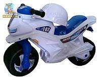 Мотоцикл 2-х колесный с каской, белый