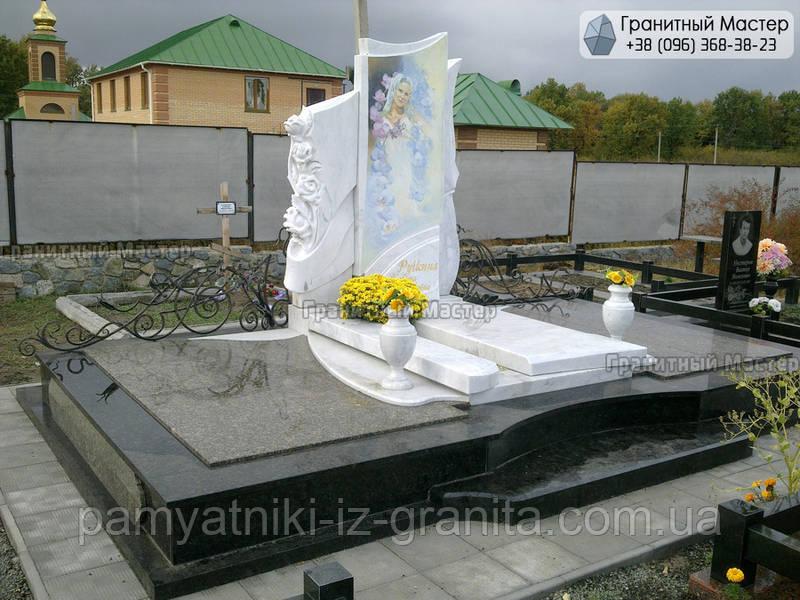Памятник из мрамора № 47