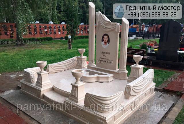 Памятник из мрамора № 52
