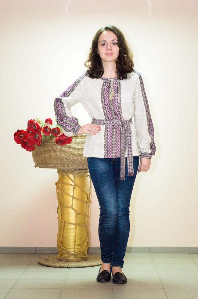 Вышиванка женская Волинські візерунки  тканая фиолетовая на длинный рукав 42р. бежевая