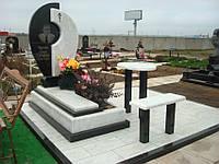 Памятник из белого мрамора 5