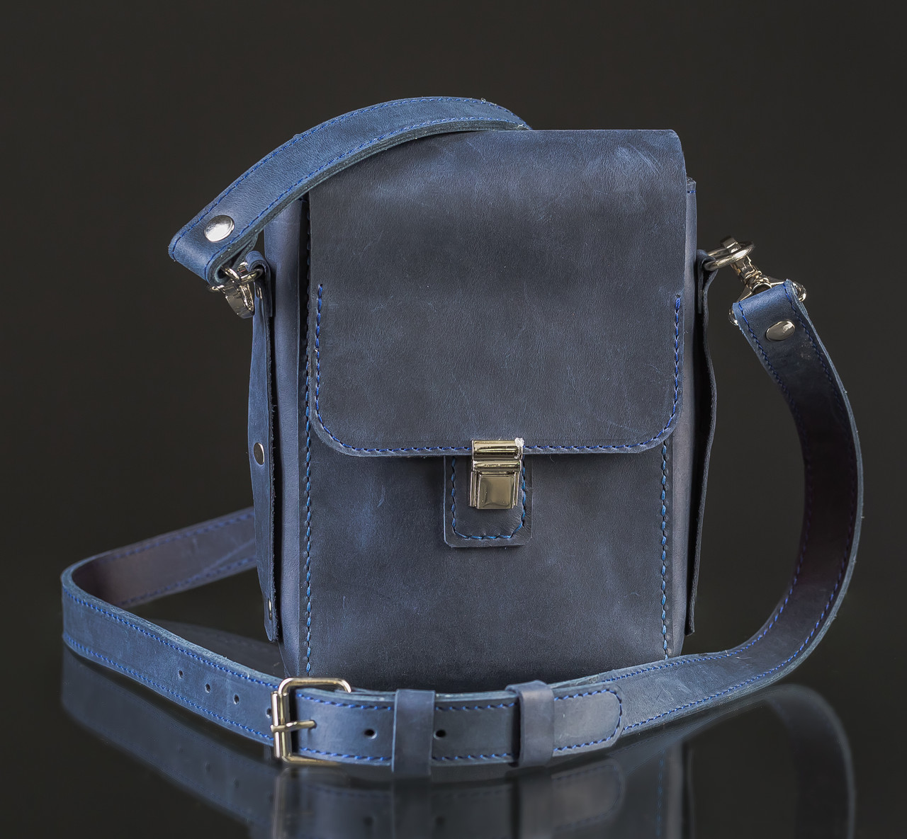 e8667560796b Кожаная мужская сумка Praktik   Винтажный Синий - Sollomia - интернет-магазин  кожаных изделий ручной