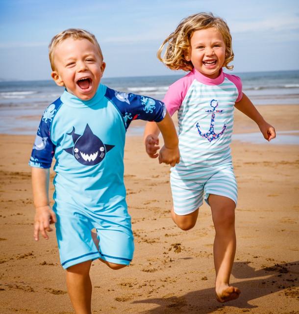 Детская пляжная одежда, обувь и аксессуары