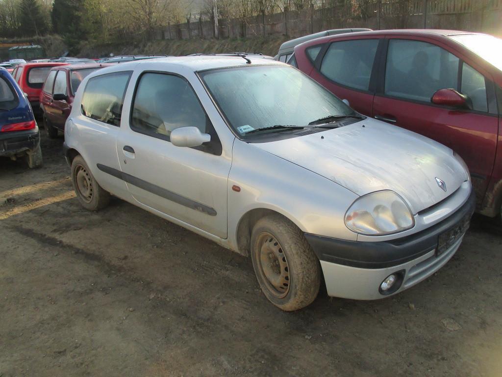 Авто під розбірку Renault Clio 2 1.2 2000