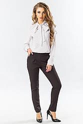 Классические женские узкие брюки со складками пояс на резинке черные