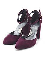 Женские замшевые туфли на толстом, удобном каблуке с закрытым носком. цвет марсала
