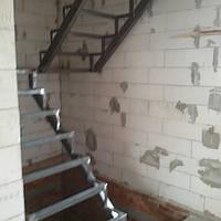 Каркас лестницы с площадкой, фото 1