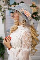 Красивая соломенная шляпа с цветами 1815