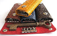 Чехол для ключей с карабинами кожаный узор Восток, фото 1
