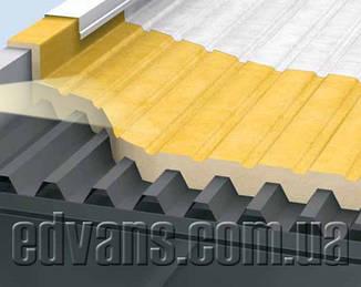 Изоляция промышленных плоских крыш из профнастила напылением пенополиуретана