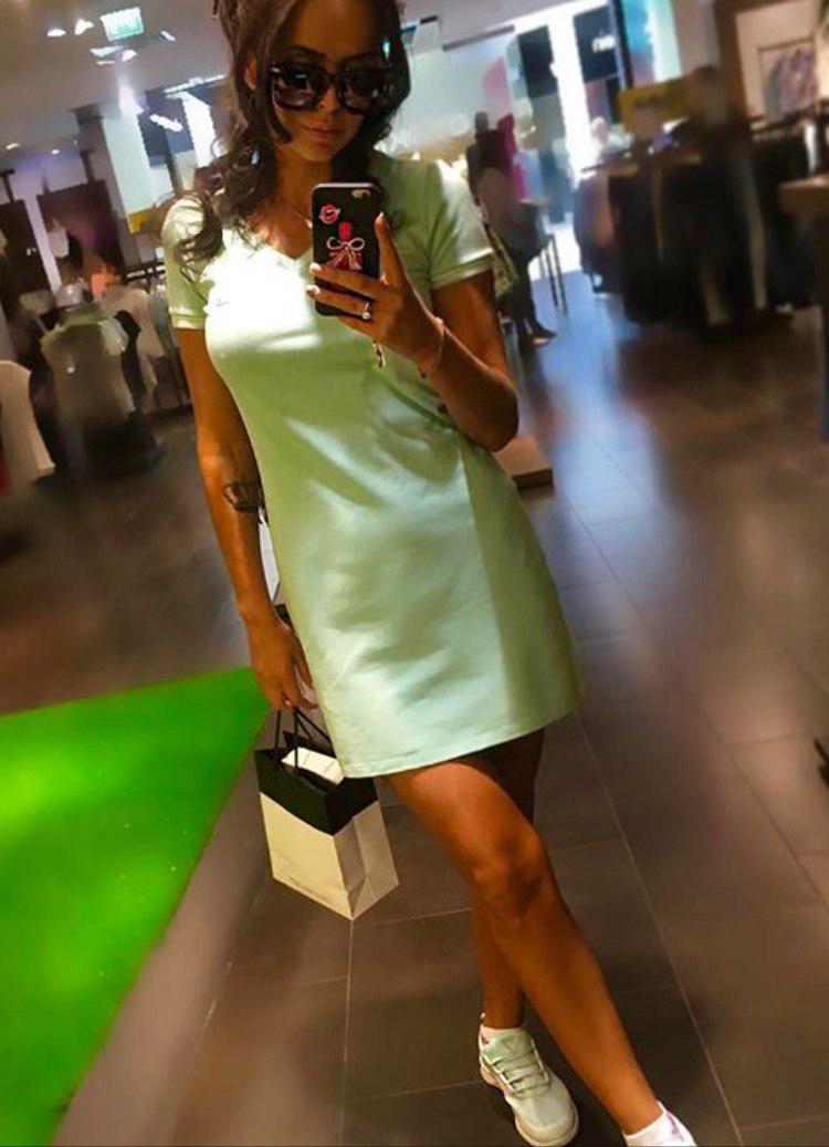 Платье мятное простое, трикотаж