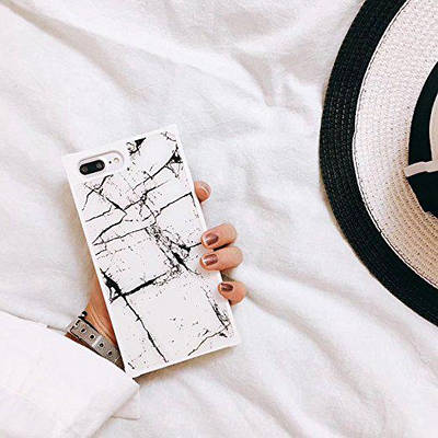ЧехолнакладканаiPhone7 Plus/8Plusмраморныйсмолниейбелый с черными полосками