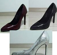 Кожаные туфли на высоком каблуке (разные цвета)
