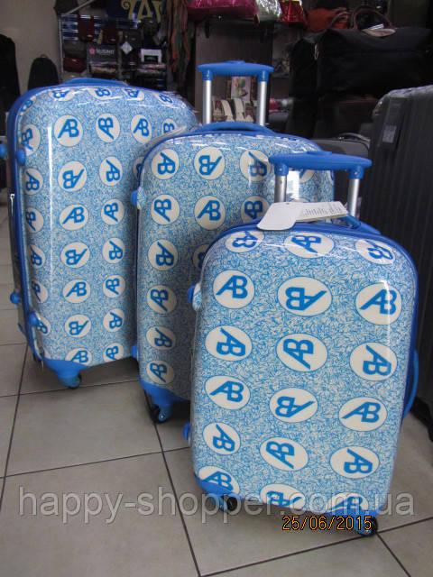 Комплект из 3 чемоданов Ambassador Retro