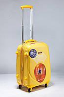 Малый жёлтый чемодан Ambassador Classic, фото 1
