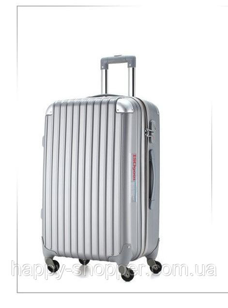 Большой серый чемодан Ambassador® Scallop