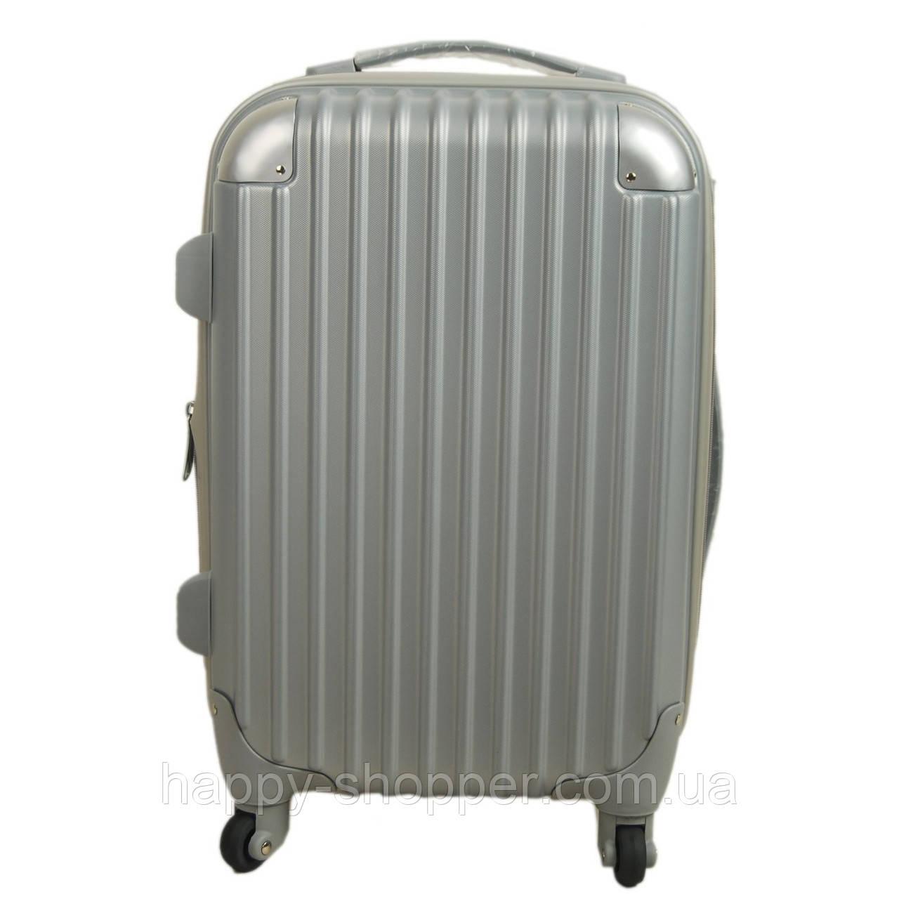 Средний серый чемодан Ambassador® Scallop