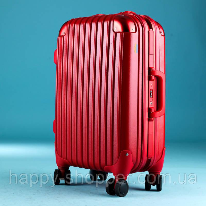 Большой красный чемодан Ambassador Hardcase