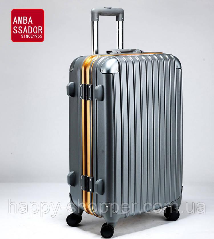 Большой графитовый чемодан Ambassador Hardcase
