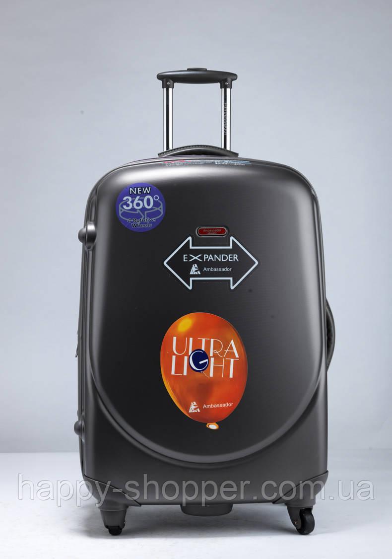 Средний графитовый чемодан Ambassador Classic