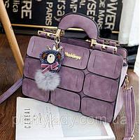 Большая женская сумка Mei&ge с металлическими ручками и брелком лиловая, фото 1