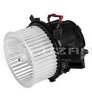 Мотор печки Ауди Audi Q5 2.0TFSi / 2.0TDi / 3.0TDi / 3.2i (08-) (8T1 820 021) Luzar