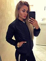 Женская весенняя стеганая куртка черного цвета
