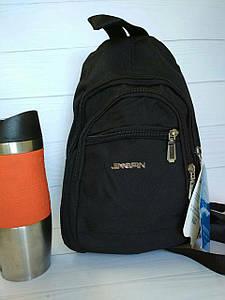 Стильный рюкзак-банан с лямками на молнии 30х22х15