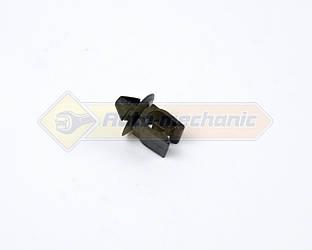 Зажим крепления лапки капота (пластиковый) на Renault Kangoo II 2008->- Renault (Оригинал) - 7703079870