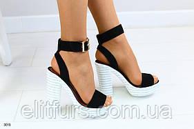 Женские босоножки, на каблуке черные