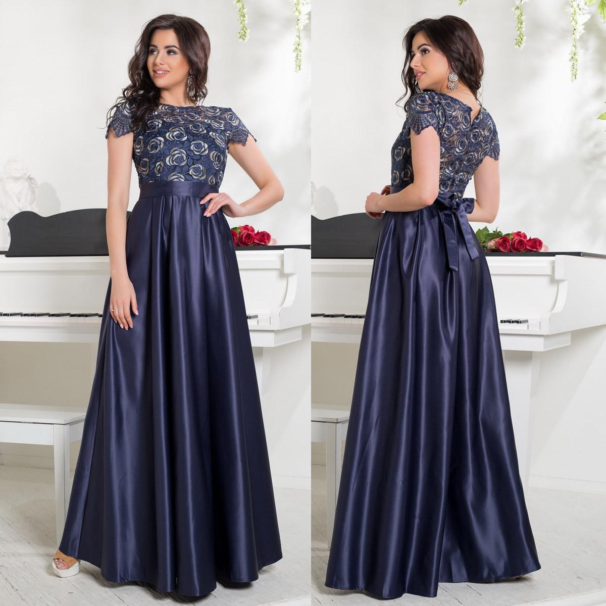 48e5e37d1c24df3 Длинное вечернее атласное платье с кружевом на выпускной