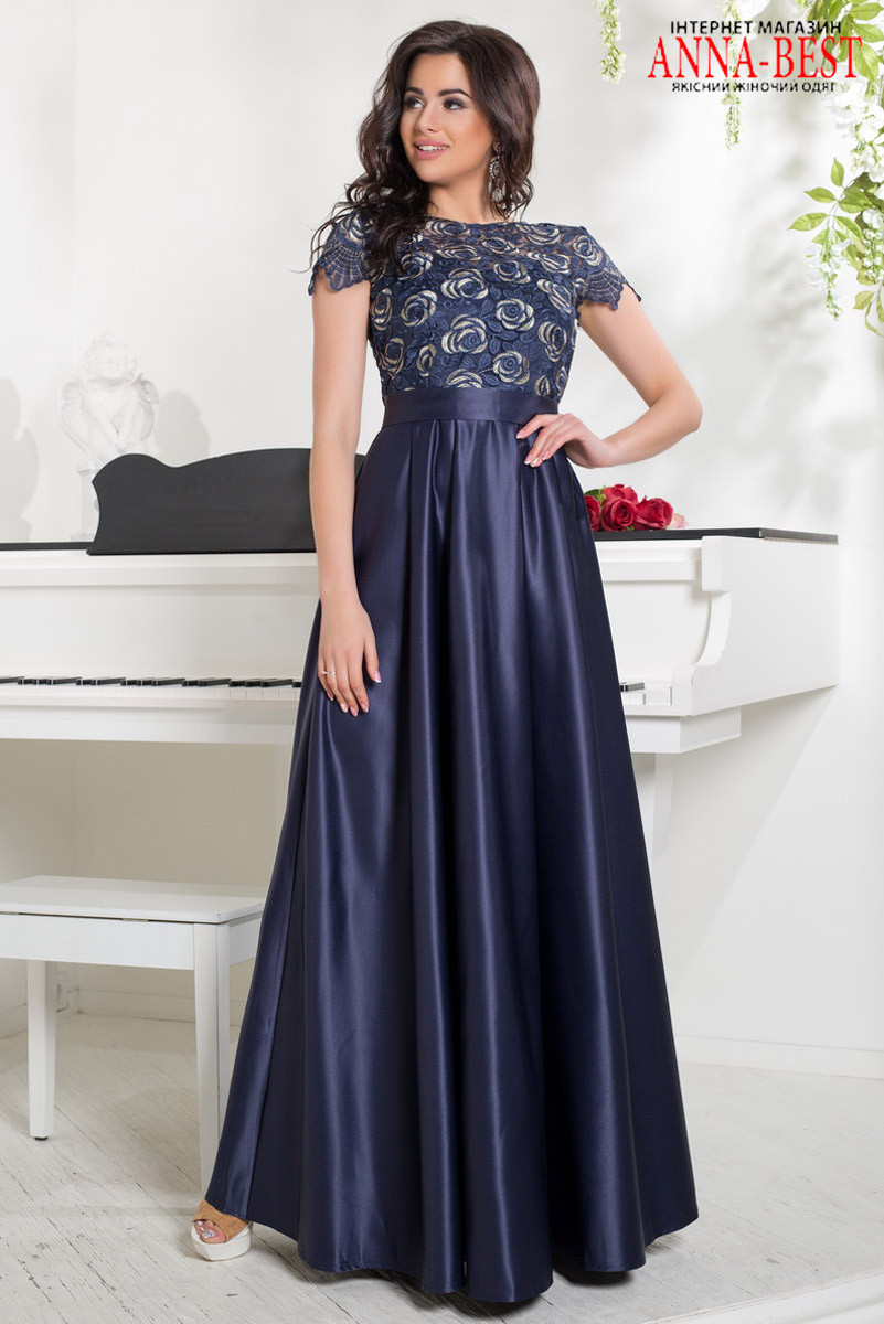 f4ba1258cb0 ... Длинное вечернее атласное платье с кружевом на выпускной