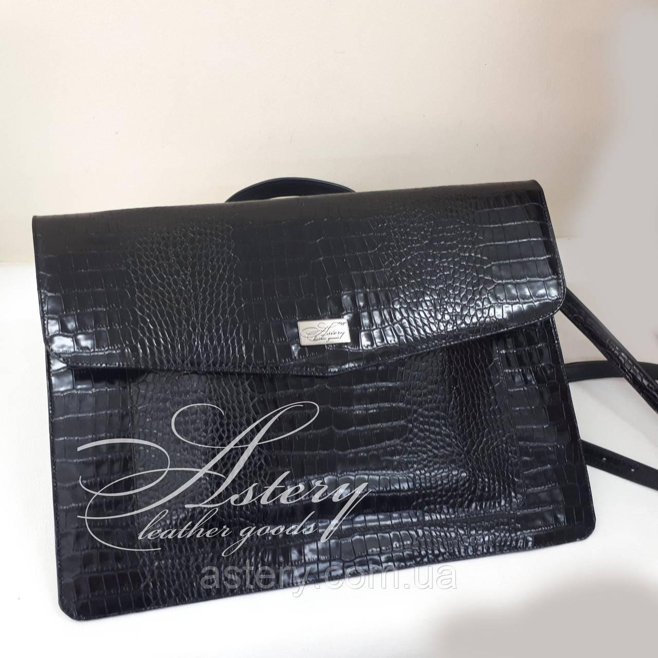 07aa4e959d35 Женская черная сумка для ноутбука из кожи с тиснением