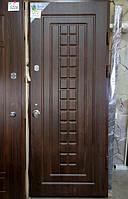 Вхідні двері квартирні 2,05 горіх R