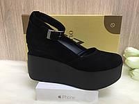 Туфли на платформе с пряжкой