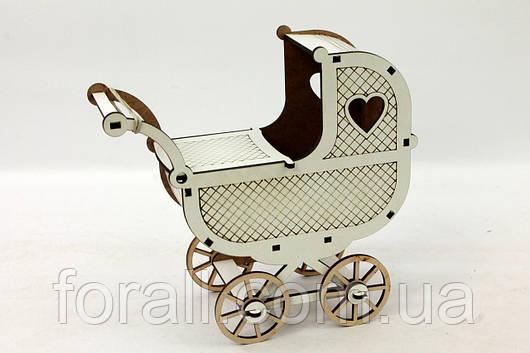 Кукольная мебель BigEcoToys Коляска 17627