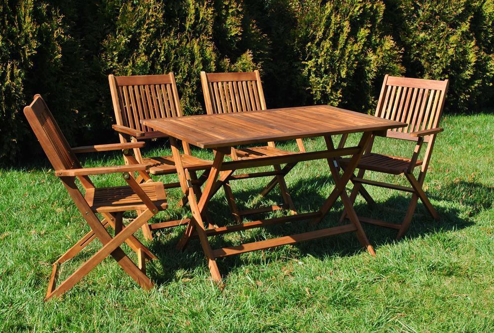 Комплект деревянной мебели для сада или террасы