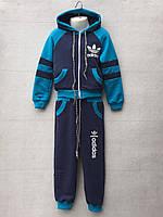 Спортивный костюм для мальчика на 2-3 лет синего цвета Adidas c капюшоном оптом