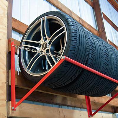 Полки и стеллажи для хранения колес. Упоры колесные для гаража.