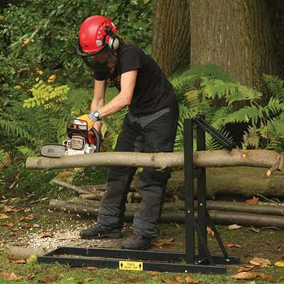 Козлы и стенды металлические для распилки дров