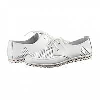 Туфли кожаные с перфорацией белые