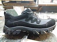 Кроссовки тактические черные ( нубук ) с  водонепроницаемой подкладкой.