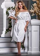 Элегантное платье с вышивкой, фото 1