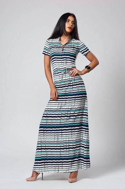 f96ddd0b330 Длинное платье в горизонтальную цветную полоску  продажа