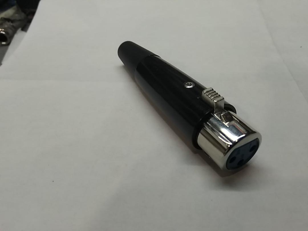 XLR штекер микрофонный (мама)